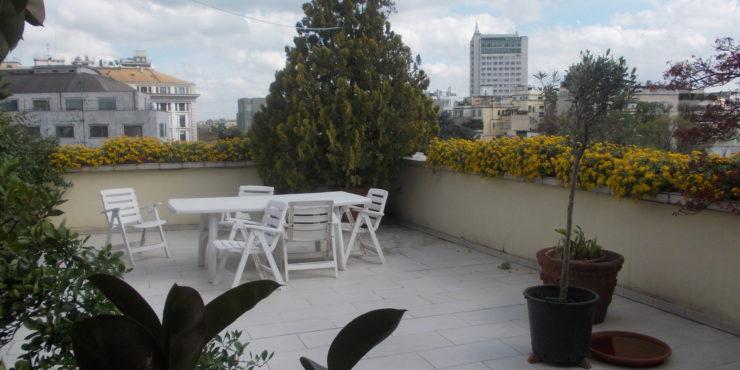 VENDUTO —Milano, Zona Moscova Turati, Introvabile Attico 230 mq, Con terrazzo 60 mq Al Piano